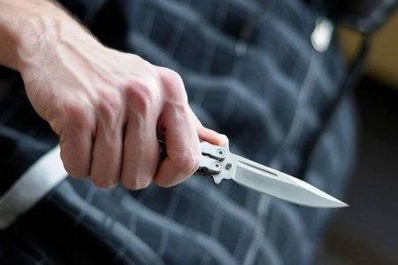 Gəncədə iki qardaş evində bıçaqlandı